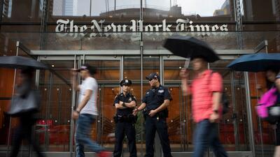 Policía de Nueva York intensifica la seguridad en medios de comunicación tras el tiroteo en un periódico de Maryland