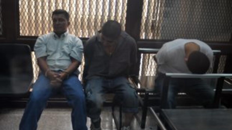 Tres de los detenidos por la masacre de los guatemaltecos en una foto de...
