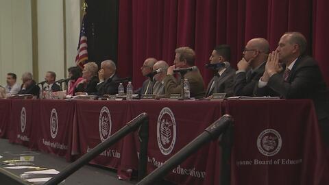 Una escuela dice que se ve obligada a despedir a 260 maestros en Bayonne...