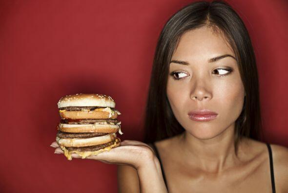 Recuerda que consumir un tipo de alimentos no es lo que engorda, ¡sino l...