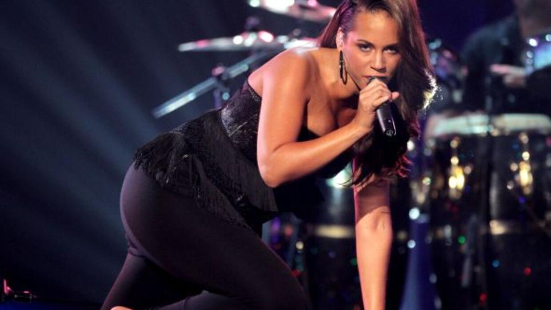 Alicia Keys cantará el himon nacional en el Super Bowl, el cual se reali...