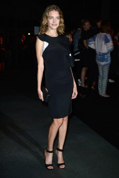 La pasarela de Givenchy se llenó de muchas celebridades, entre ellas  Na...