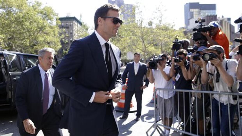 """Arribando a la corte federal en New York por el caso llamado """"defla..."""