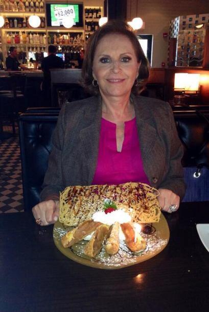 """""""Festejando a mi mami por su cumple el 9 de mayo y el día de las madres...."""