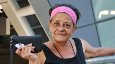 La dominicana americana, María Grullón, votará en Maryland en noviembre