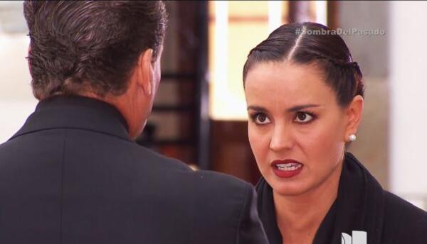 Una pequeña charla bastó para que Candela dijera cosas que no debía dela...