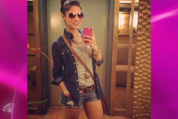 Las camisas de jean son una excelente opción para crear un estilo 'bohem...