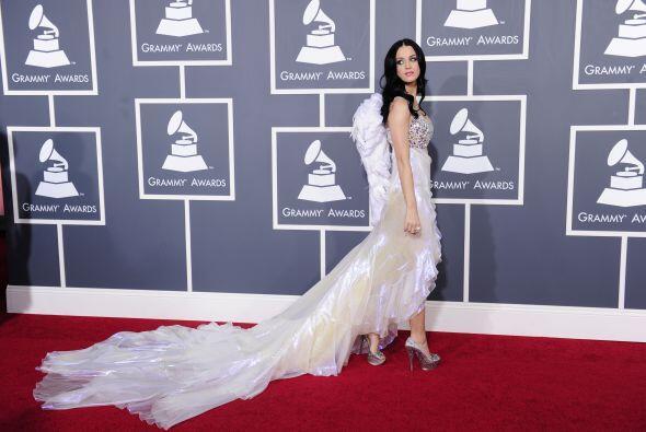 La belleza de Katy Perry es de lo más angelical que hemos visto, lástima...