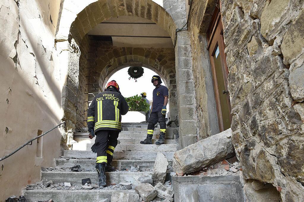Potente terremoto estremece el centro de Italia y Roma arcuata4jpg.jpg