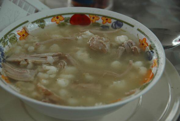 39. Porque en Puebla puedes disfrutar igual un mole de panza que un pozo...