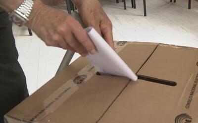 Así transcurrió la segunda vuelta de elecciones en Ecuador