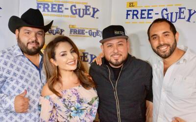 Freeguey show y Roberto Tapia