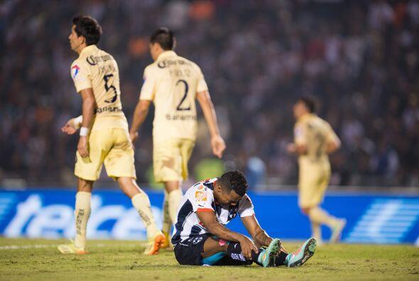 Dorlan Pabón: El delantero colombiano desapareció por completo en el par...