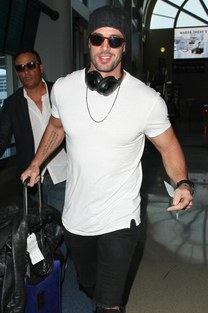 El actor estaba tomando un vuelo en el aeropuerto LAX de Los Ángeles.