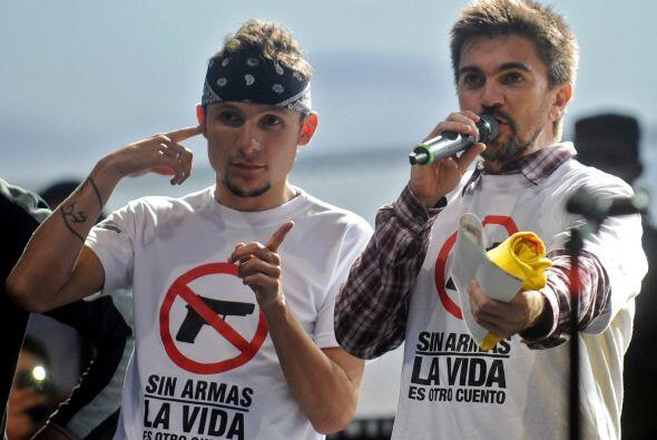 El cantautor colombiano Juan Esteban Aristizábal, Juanes, encabezó un mu...