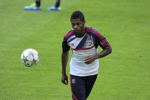 El ahora futbolista del Schalke 04 ayudó a que su club sacara un empate...