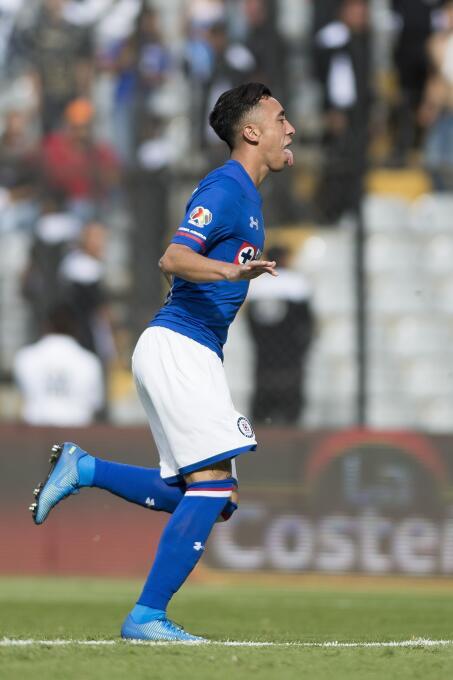 ¡Masacre en la Corregidora! Cruz Azul aplastó a Pumas gol-martin-rodrigu...
