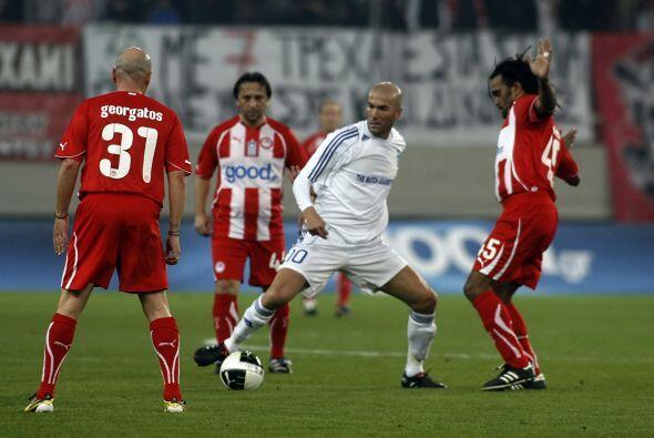 El primer gol al noveno minuto estuvo a cargo del equipo de estrellas &q...