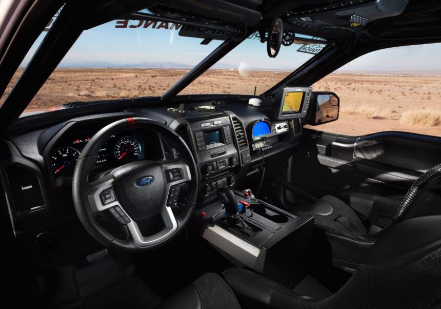 "Ford F-150 Raptor 2017 llega a ""Best in the Desert"" Raptor-Interior-01-C..."