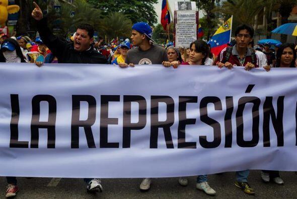 Y tras las detenciones de manifestantes de la semana pasada y despu&eacu...