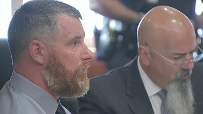 Jurado continúa deliberando sobre la culpabilidad de Terry Thompson por la muerte de John Hernández