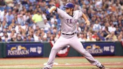 C.J. Wilson volvió a demostrar que el pitcheo de los Rangers es capaz de...