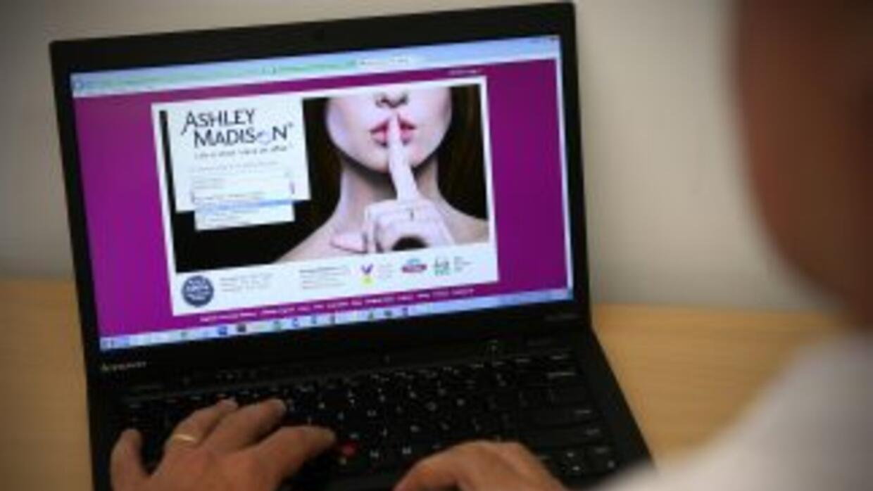 El sitio de citas adúlteras Ashley Madison.