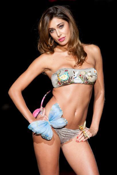 La modelo argentina, quien es conductora de la televisión italian...