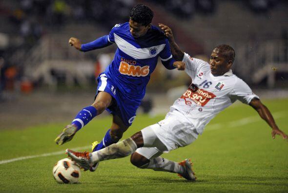 Cruzeiro, dos veces campeón de la Copa Libertadores en 1976 y 1997 e igu...