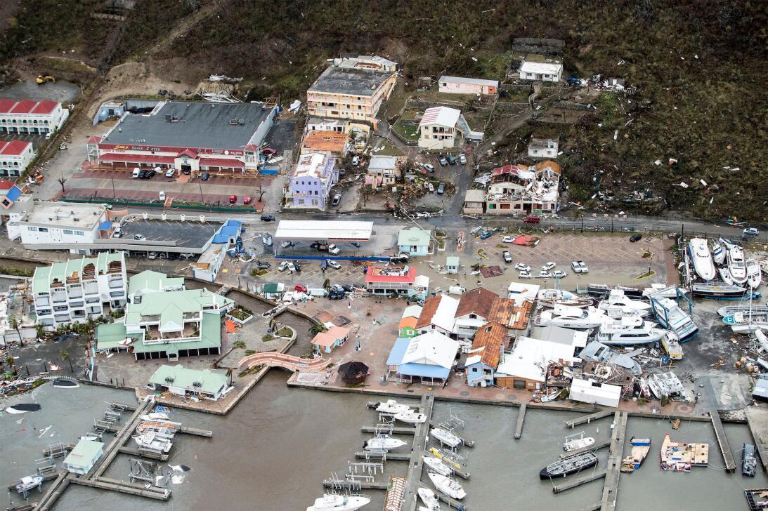 Esta imagen da una idea de los incalculable daños que causó el huracán I...