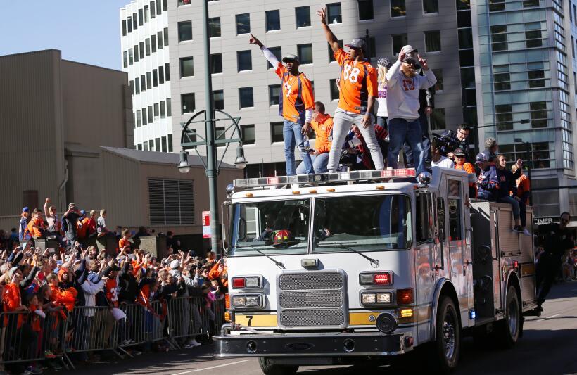 La ciudad de Denver festejó a sus Broncos por el triunfo logrado...