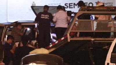 Tres taxistas fueron asesinados a tiros por un comando armado que atacó...