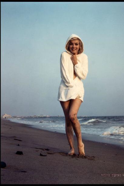 Se las hizo el 13 de julio de 1962 en las playas de Santa Monica, Califo...