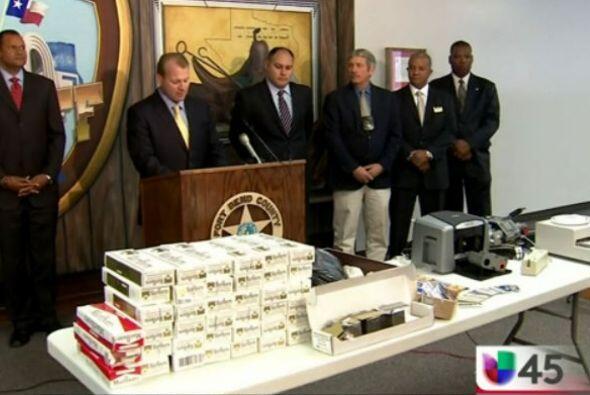 Desmantelaron en Houston una red de clonadores de tarjetas de crédito qu...