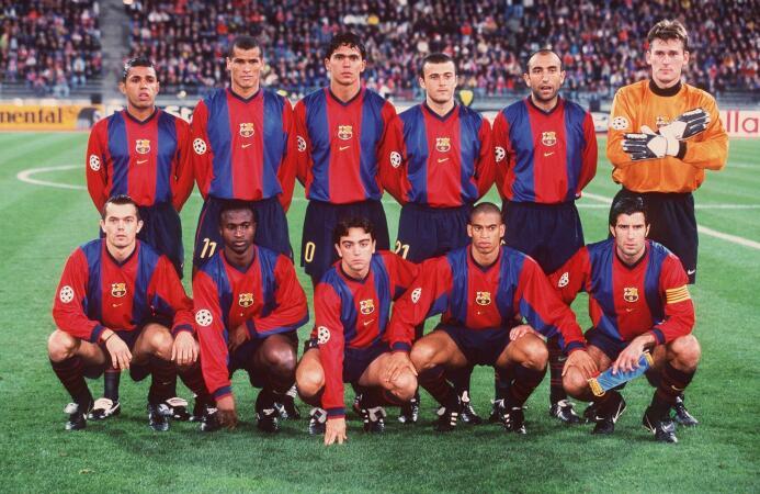 Xavi Hernández hizo su primera aparición con el primer equipo del Barcel...