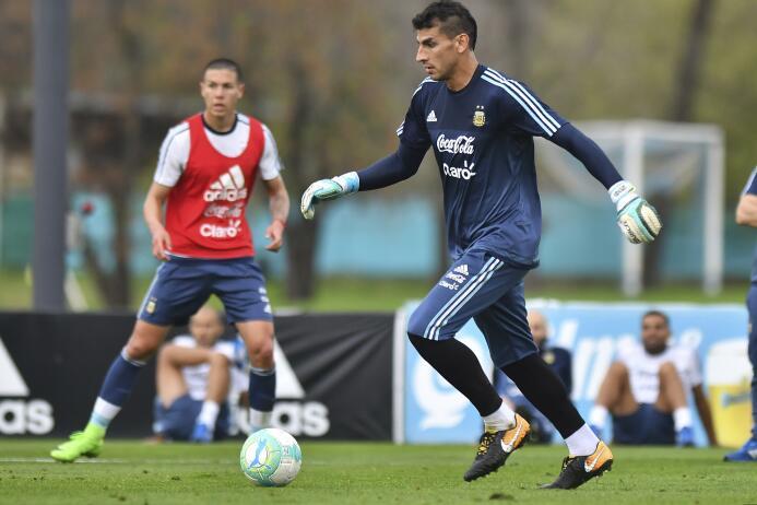 Nahuel Guzmán (Argentina): el portero de los Tigres fue suplente en ambo...