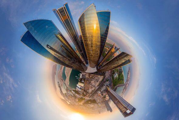 ¿Qué tal las 5 torres Etihad en Adu Dhabi, Emiratos Árabes Unidos? Lucen...