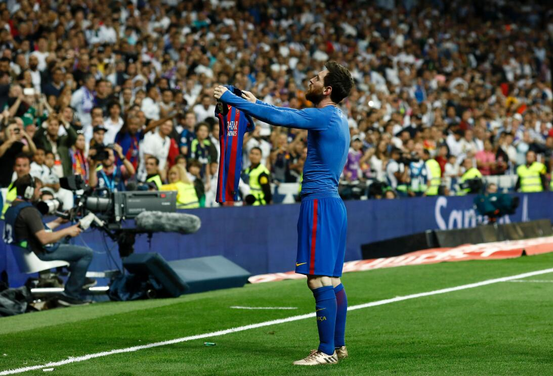 ¿Recuerdan esta foto? Es Lionel Messi celebrando ante el Real Madrid el...