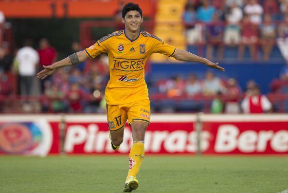 Jugó todo el partido, anotó sus goles al minuto 44 y al 91. Tiró cuatro...
