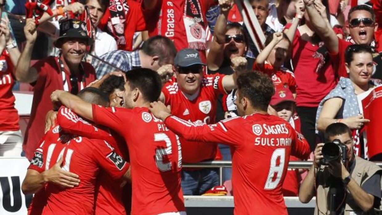 Benfica celebra el triunfo sobre Penafiel que los pone en las puertas de...