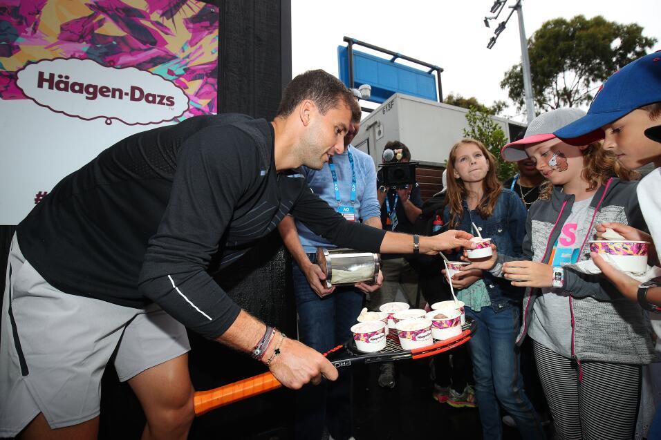 """Djokovic competirá en el Abierto de Australia sin estar recuperado """"al 1..."""