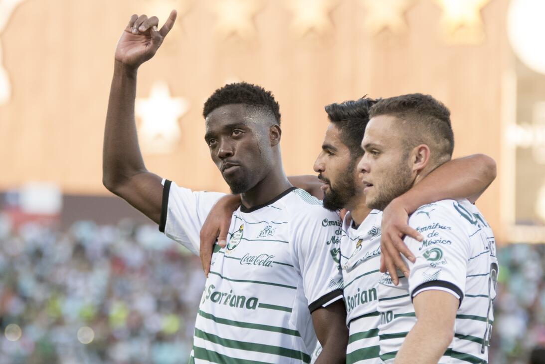 En fotos: Con goleada sobre Querétaro, Santos asegura la Liguilla 201804...