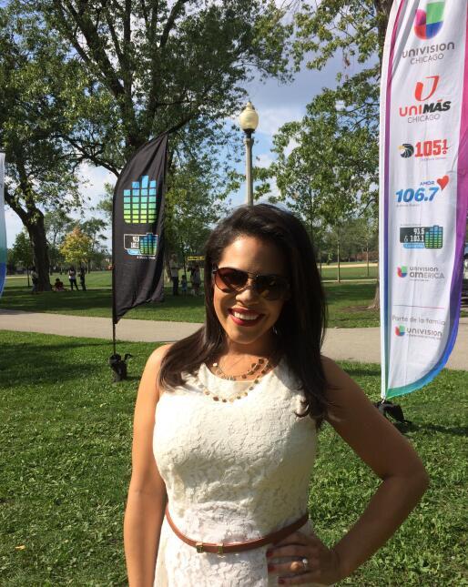 Esta vez la gira de en tu barrio llegó a Portage Park y Ericka Pino, Enr...