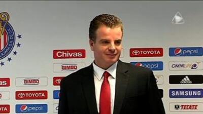 Jorge Vergara presentó a Dennis te Kloese