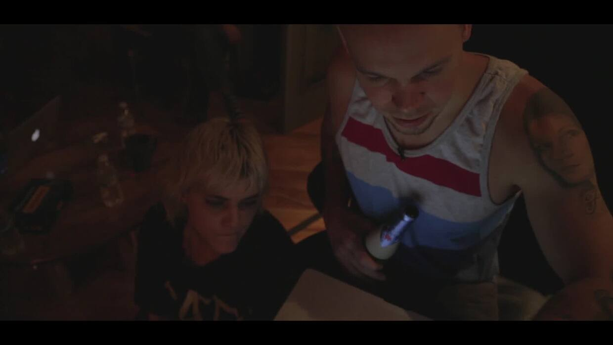 Making of: How Residente and Soko got in the studio and recorded 'Desenc...
