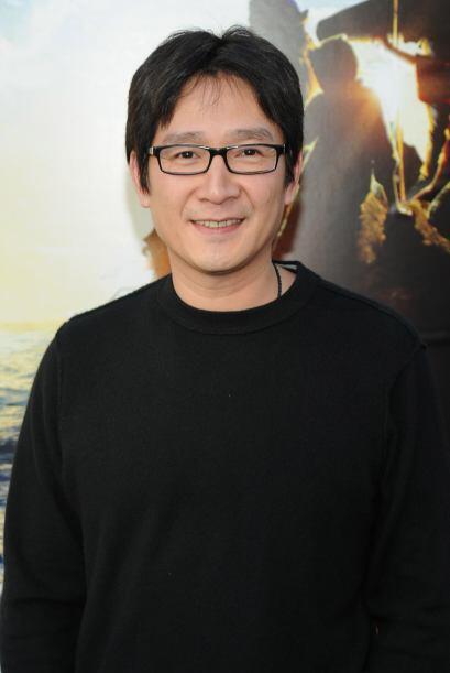 Ahora se hace llamar Jonathan Ke Quan y así se ve el señorito... de 42 a...