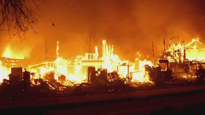 Miles se quedan sin hogar por incendios en California