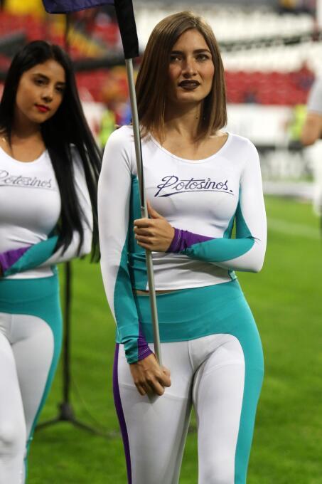 La seducción de las porristas en la definición de los semifinalistas en...