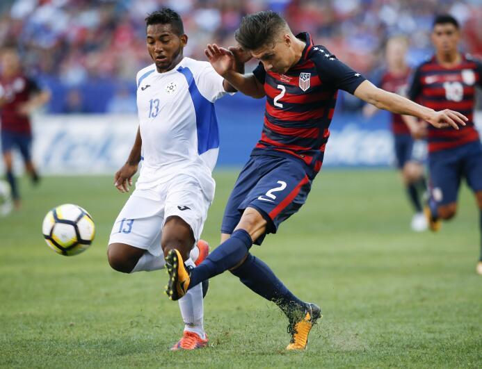 El Team USA le quitó el primer lugar del Grupo B a Panamá  AP_1719700609...