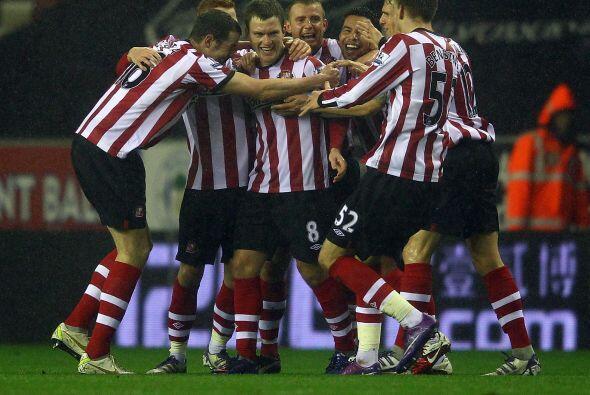 En el otro partido del día, Sunderland se metió a la casa del Wigan.